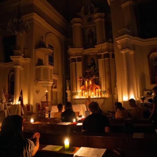 """""""Baznīcu nakts"""" virtuāls ceļojums dievnamu dzīlēs"""