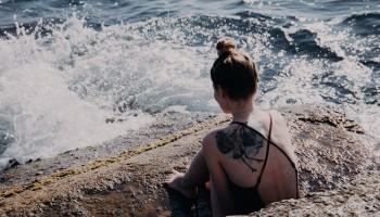 Pasargāt sevi no melanomas: noteikti jāpievērš uzmanība ādas veidojumiem