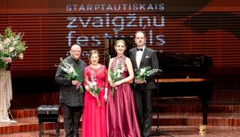 Ilze Grēvele-Skaraine, Rinalds Kandalincevs un Agnese Egliņa Liepājas zvaigžņu festivālā