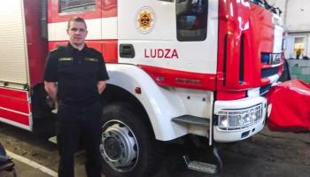 Ugunsdzēsējs – glābējs Ludzā: ielūzu ledū un turēju viņu līdz ieradās kolēģi
