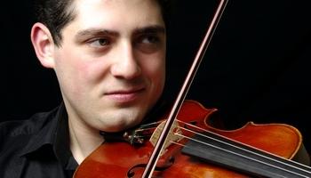 Uz koncertu aicina vijolnieks