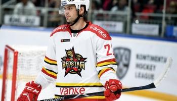 Hokejists Krišjānis Rēdlihs. Latvijas izlasē viņš aizvadījis jau 150 spēles