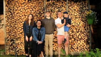 Mīklas min Mūrnieku ģimene Āgenskalnā