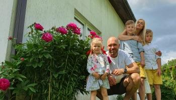 Gudrības pilienos viesojas Doršu ģimene no Siguldas