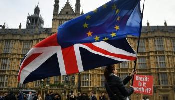 ES apstiprina rezerves plānu gadījumam, ja Lielbritānija pametīs ES bez vienošanās