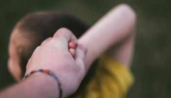 """Iniciatīva """"Dod bērnam iespēju"""": palīdzēt bērniem ar autiskā spektra traucējumiem"""