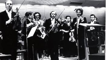 LNSO 60.jubilejas koncerts 1984.gada 4.decembrī. Pie diriģenta pults - Vasilijs Sinaiskis