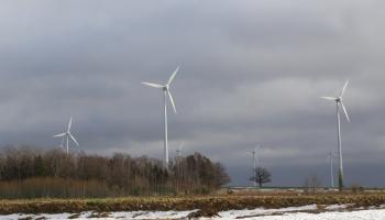 Развитию ветряной энергии в Латвии мешают мифы