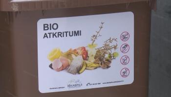 Kas notiek ar bioloģiskajiem atkritumiem?