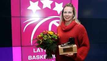 """100-gades dziesmu krātuvē"" viesojās basketboliste Anete  Jēkabsone-Žogota!"