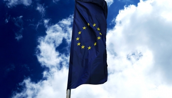 Divas puslodes: EK jaunais sastāvs, ES un ASV attiecības un norises Izraēlā