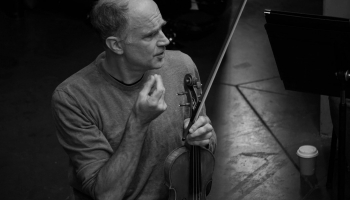 Iespēja mainīt virzienu. Saruna ar vācu vijolnieku Florianu Dondereru