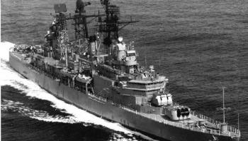 """2. maijs. Britu atomzemūdene """"Iekarotājs"""" torpedē Argentīnas kreiseri """"Ģenerālis Belgrāno"""""""