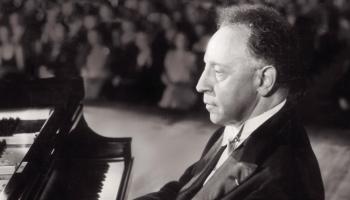 Vēsturisks ieraksts! V.A. Mocarta 23. klavierkoncertu spēlē Arturs Rubinšteins (1955)