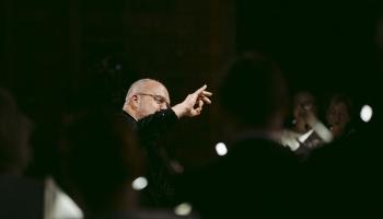 """Diriģents Māris Sirmais un VAK """"Latvija"""" koncerts """"Dziesma Dzimtenei"""""""