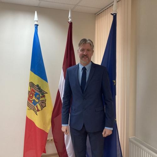 Latvija var būt paraugs Moldovai. Intervija ar Latvijas vēstnieku Mikutu