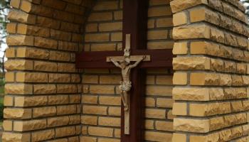 """""""Такие мы"""": история латвийской традиции """"Kapu svētki"""". Традиции Вересовского кладбища"""