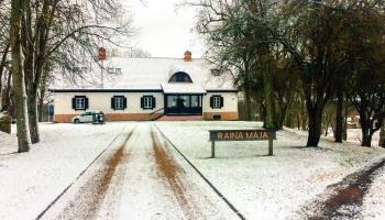 Atjaunos seno klēti Raiņa bērnības mājās Daugavpils novada Berķenelē