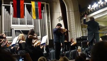 С.Хачатрян:  свои концерты в дни «Бархатной революции» я посвящал митингующим на улицах