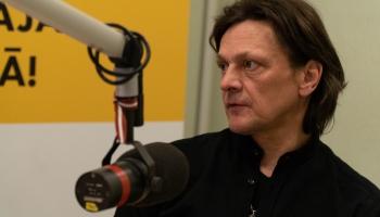 Ivo Fomins iedzied jaunu dziesmu un gatavojas albuma izdošanai