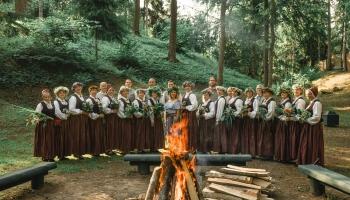 Gaidot Vasaras saulgriežus, iepazināmies ar Jaunpils jaukto kori