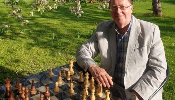 Šaha lielmeistars Zigurds Lanka: Šaha meistara galvā ir simtiem tūkstoši kombināciju