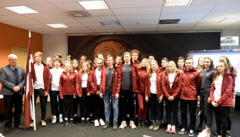 Piespēle par handbolu un Jaunatnes ziemas olimpisko spēļu Latvijas delegācijas iecerēm