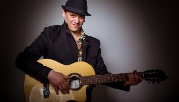 """""""Такие мы"""": музыкант и его инструмент. История Егора Ковайкова и его гитары"""