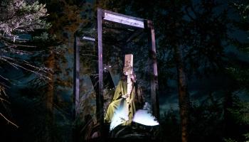 Mārtiņš Grauds filmā dokumentē Annas Ķirses laikmetīgās operas iestudējumu