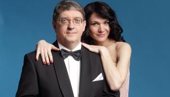 Tirkīza ansamblis un Siksna ar sievu godina Kublinska piemiņu