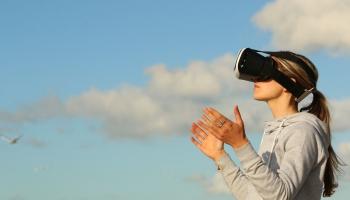 Очки виртуальной реальности для детей с аутизмом