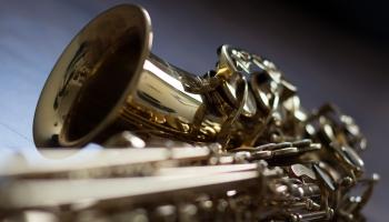 17. maijs. Ādolfs Sakss iesniedz patentu savas slavenākajam izgudrojumam -saksofonam