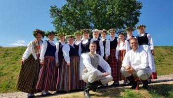 """Gaidot Vasaras saulgriežus, iepazīsimies ar Daugavpils folkloras kopu """"Svātra"""""""