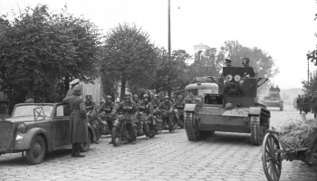 22. septembris. Nacistiskās Vācijas un PSRS armiju kopīgā parāde Brestļitovskas cietoksnī
