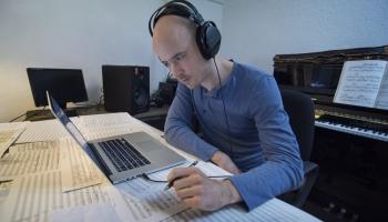 Izvēlas komponists Jānis Petraškevičs
