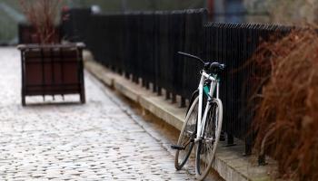Kas ir ātrāks - velosipēds vai automobilis?