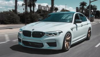 BMW funkciju abonēšana, Starlink satelīti vairs nemirdzēs un Fiqsy eletroauto