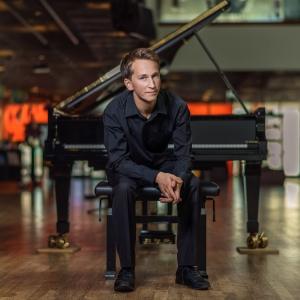 Pianists Daumants Liepiņš un Bēthovena klaviersonātes Rudens kamermūzikas festivālā