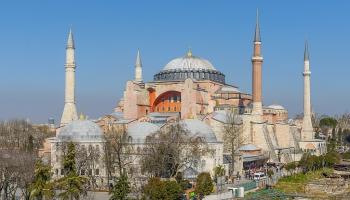 23. februāris. Imperators izdod rīkojumu par Sv. Sofijas katedrāles celšanu Stambulā