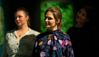 """Kristīnes Kutepovas """"Redzējumi"""" Rīgas Mākslas telpā"""