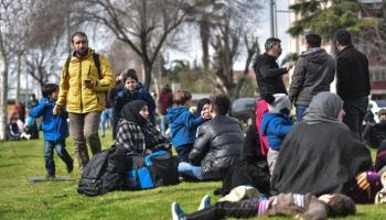 """Turcija nolēmusi atvērt """"robežas vārtus"""" uz Eiropu. Turp dodas simtiem bēgļu"""