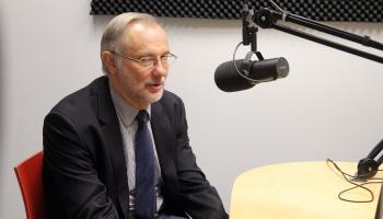 Lai domātu, vajadzīga intelektuāla piepūle: saruna ar LU profesoru Mārci Auziņu