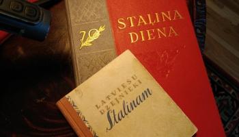 Ar Staļina caurlaidi kabatā... Stāsta dzejnieks Jānis Peters