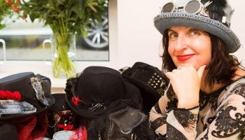 Светлана Oкс: Моё дело - головные уборы и аксессуары
