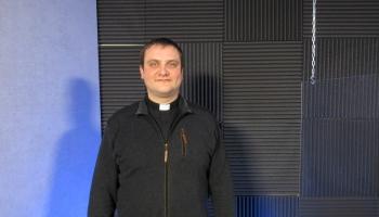 Pravests Māris Laureckis - par gavieni, adventu i Draudzis sātys atjaunuošonu