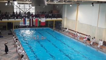 Артистическое плавание: новый тренд для юных пловцов