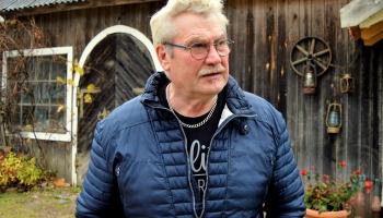 Pie amatnieka, kokapstrādes meistara IGURDA BAŅĶA Valdemārpils pusē