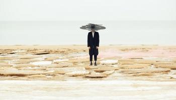 """Modes dizaineri """"MAREUNROL'S"""" ar saviem darbiem stāsta aktuālus un emocionālus stāstus"""