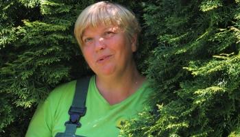 Dārzniece Daiga Seņkāne dienasgrāmatā atklāj, kā jūtas Uzvaras parks Rīgā