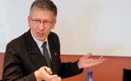 Deputāts Andrejs Judins aprēķinājis - mediķu algu paaugstināšanai pietiktu ar 52 miljoniem